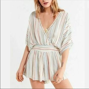 URBAN OUTFITTERS Striped Moonstruck Romper XS EUC